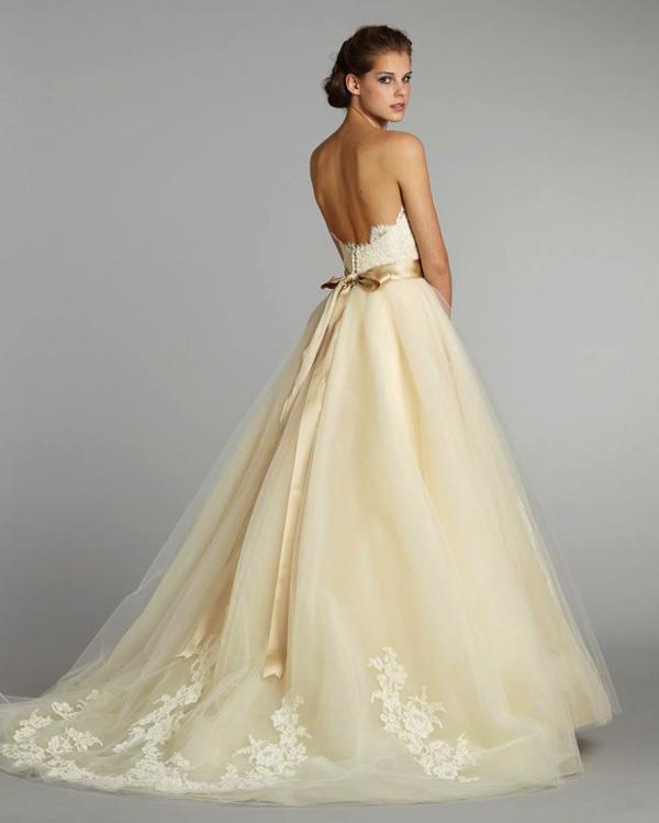 màu-sắc-váy-cưới-10