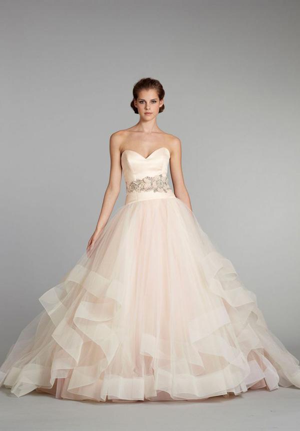 màu-sắc-váy-cưới-11