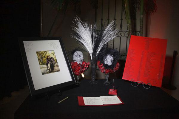 News-Biến-đám-cưới-thành-lễ-hội-halloween-26