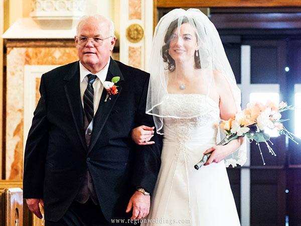 News-Dắt-tay-cô-dâu-vào-lễ-cưới-sứ-mệnh-thiêng-liêng-của-một-người-cha-04
