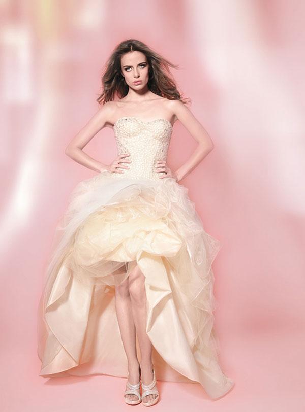 News-Váy-cưới-mullet-quyến-rũ-đầy-mê-hoặc-17